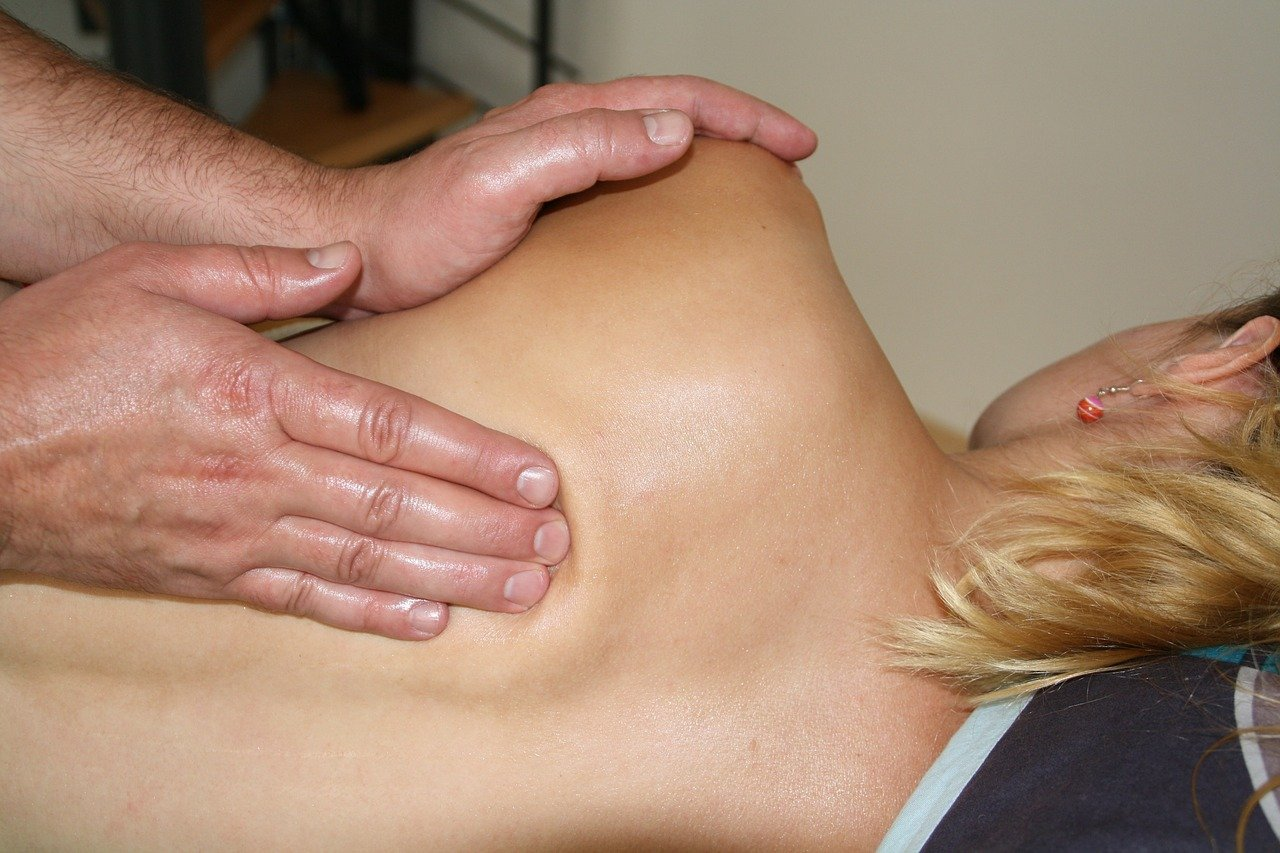 Deep Tissue Massage – A Solution for Athletes and Non-Athletes