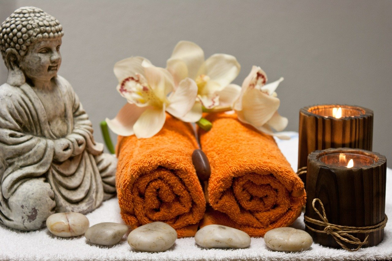 Aromatherapy Massage: The Benefits of a Soothing Touch